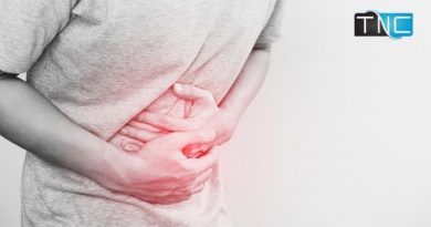 How does a hernia grow and what are its symptoms?